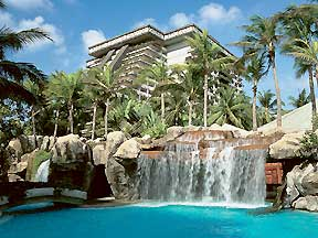 Acapulco Spring Break at Breaknow.com FairmontPool.jpg